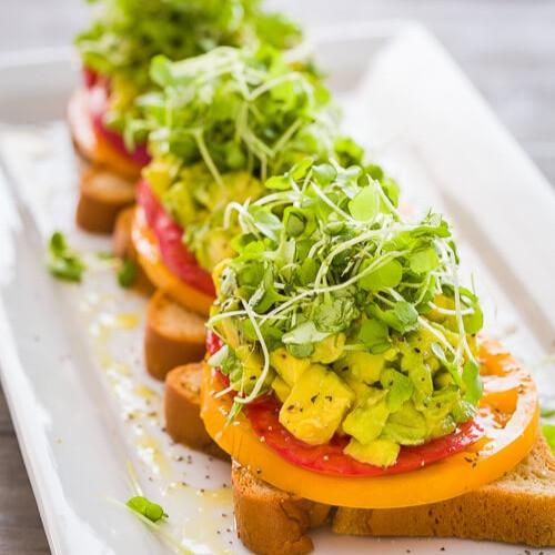 Heirloom-Tomato-Avocado-Toasts-0421_edit
