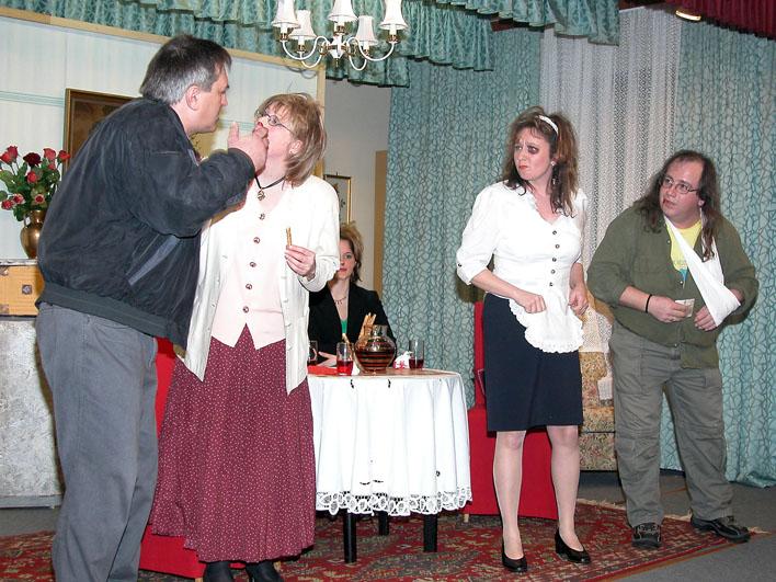 Theateraufführung-66-05.03.12.jpg