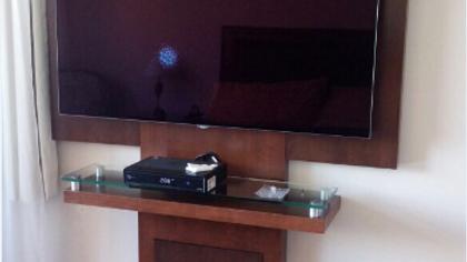 MUEBLE TV AURORA