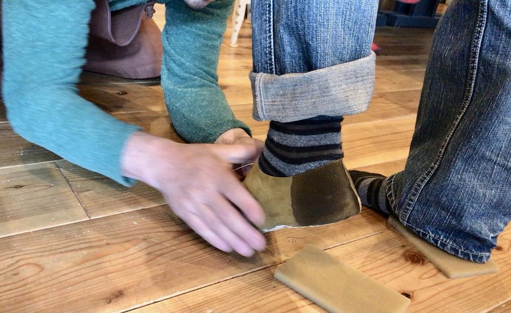 木型と足のマッチングを確認