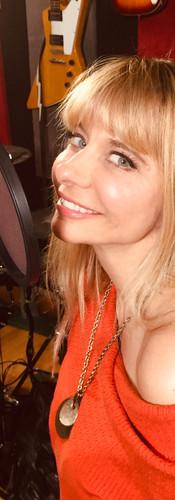 Naomi - lead vocalist