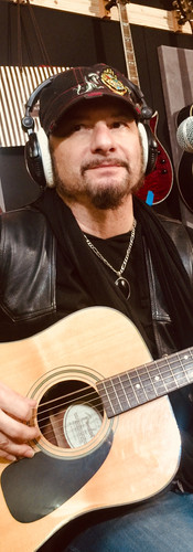 Richie - guitar