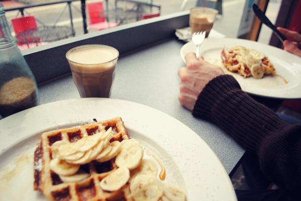 Waffles-with-Banana-and-Syrup
