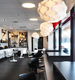 Oscar Cafe