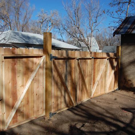 NEW Bi-fold & Walking Entry Gates