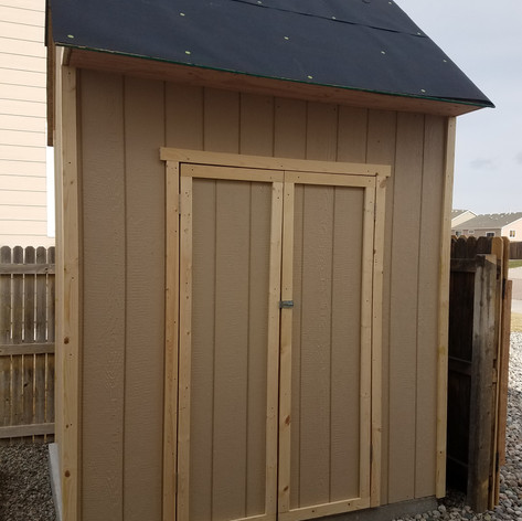 Shed (Owner did Shingles)