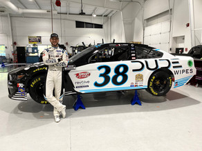 DUDE Wipes Back with Alfredo at Bristol Motor Speedway
