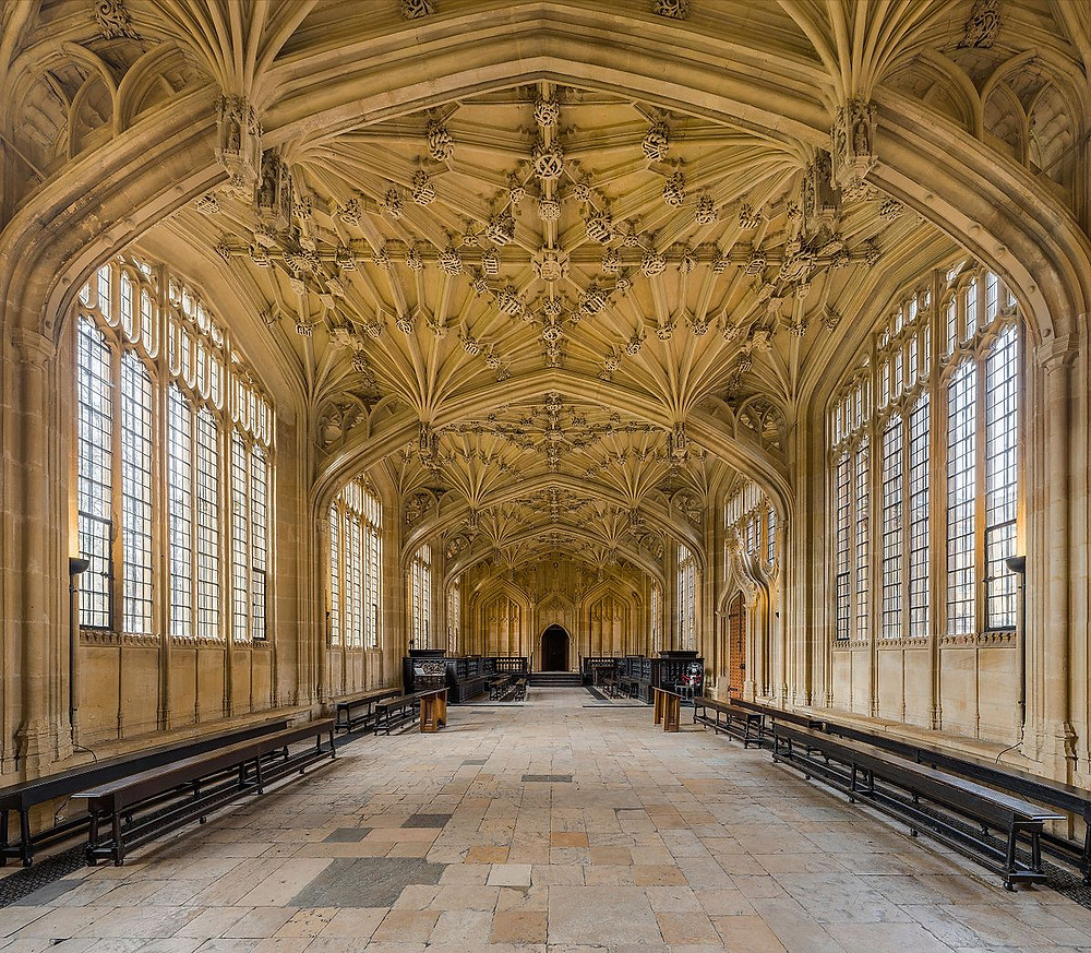 Stone vaulted teaching hall