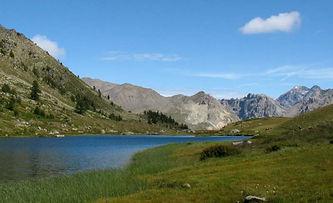 lac de montagne de clarée