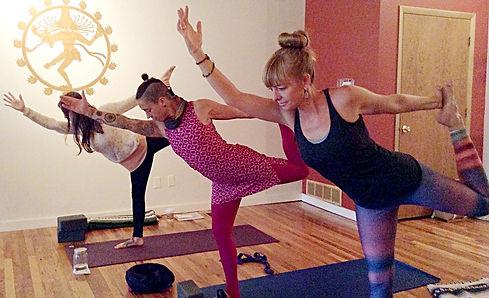 Natarajasana yoga pose artwork