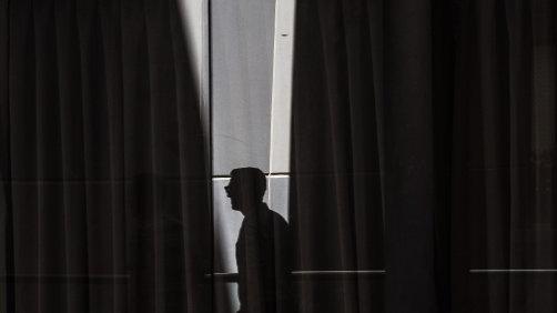 Light Silhouette V.1
