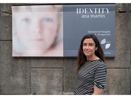 Inauguración Expo Identity con Ana Martín