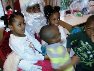Santa visits kids in Newark