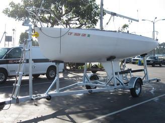 Custom Single axle sailboat
