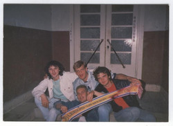 split away, 1989