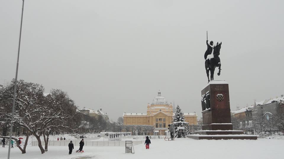 Tomislav square