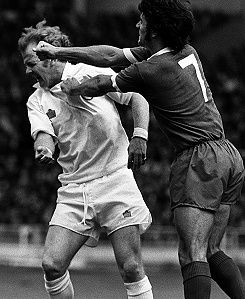 1974 keegan and bremner both sent off