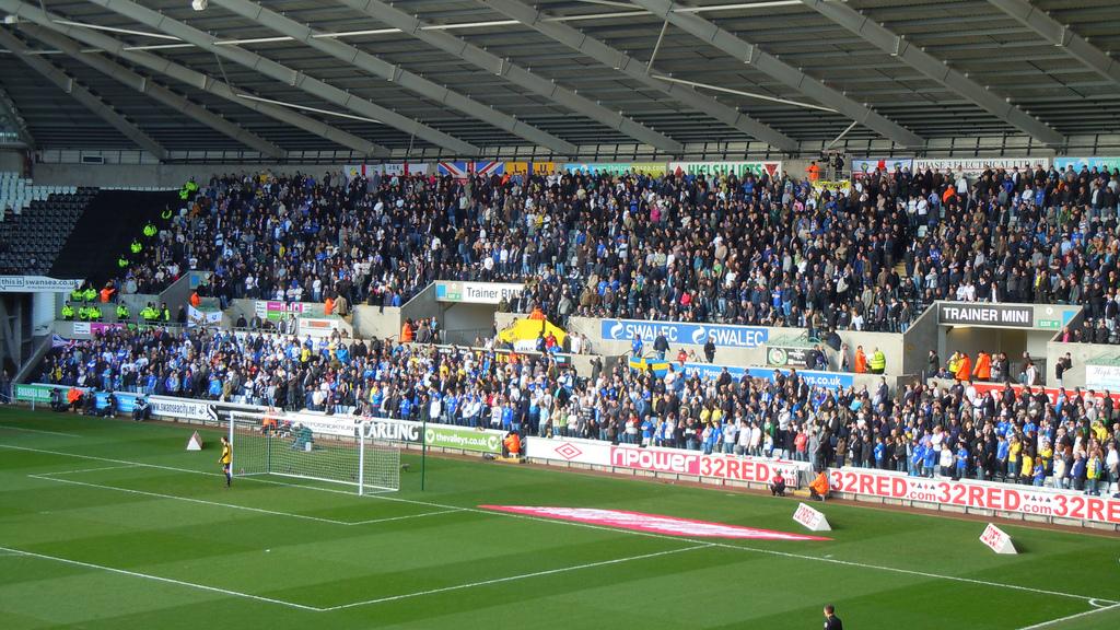 Swansea City v Leeds United 260211