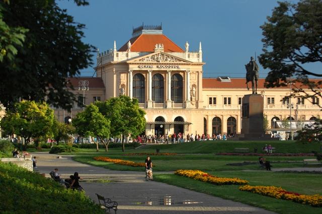 Main train Station,Tomislav square