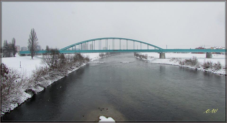 Hendrix train bridge