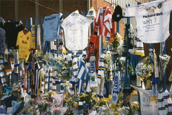 Tributes to Christopher Loftus and Kevin Speight at Elland Road 2000
