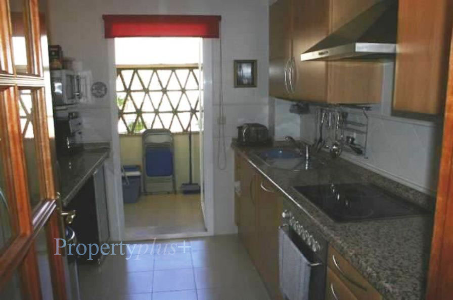 191484-kitchen copy.jpg