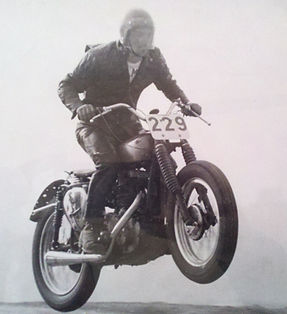 Phil_Holcomb_race1.jpg