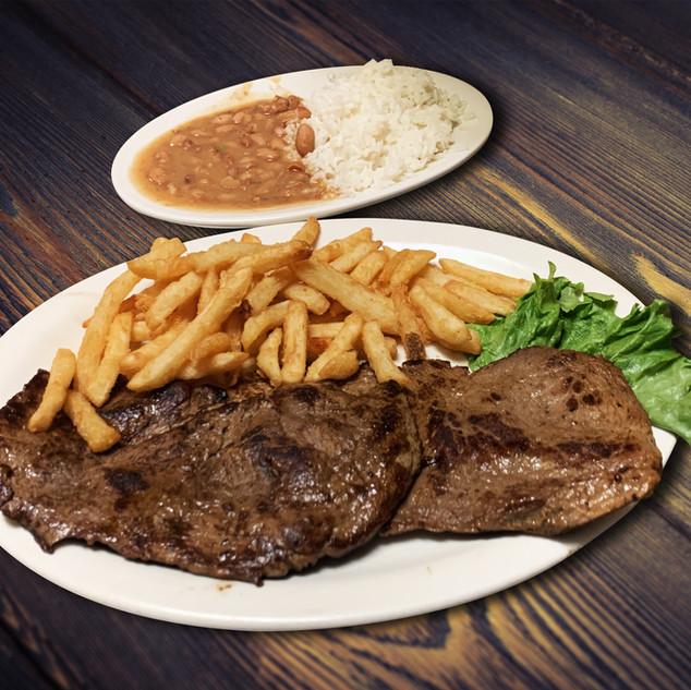 Alonsos Steak House00028.jpg