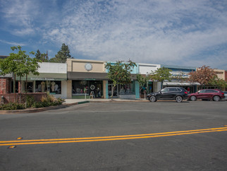 Montrose Shopping Park Retail
