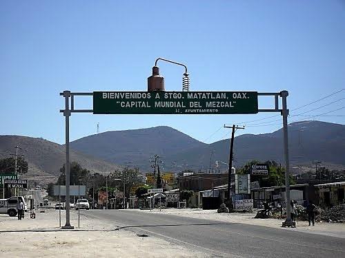 Vistas_de_Santiago_Matatl†n,_Oaxaca.jp