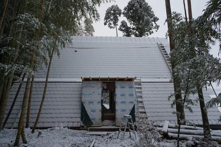 初雪 屋根はり間に合った