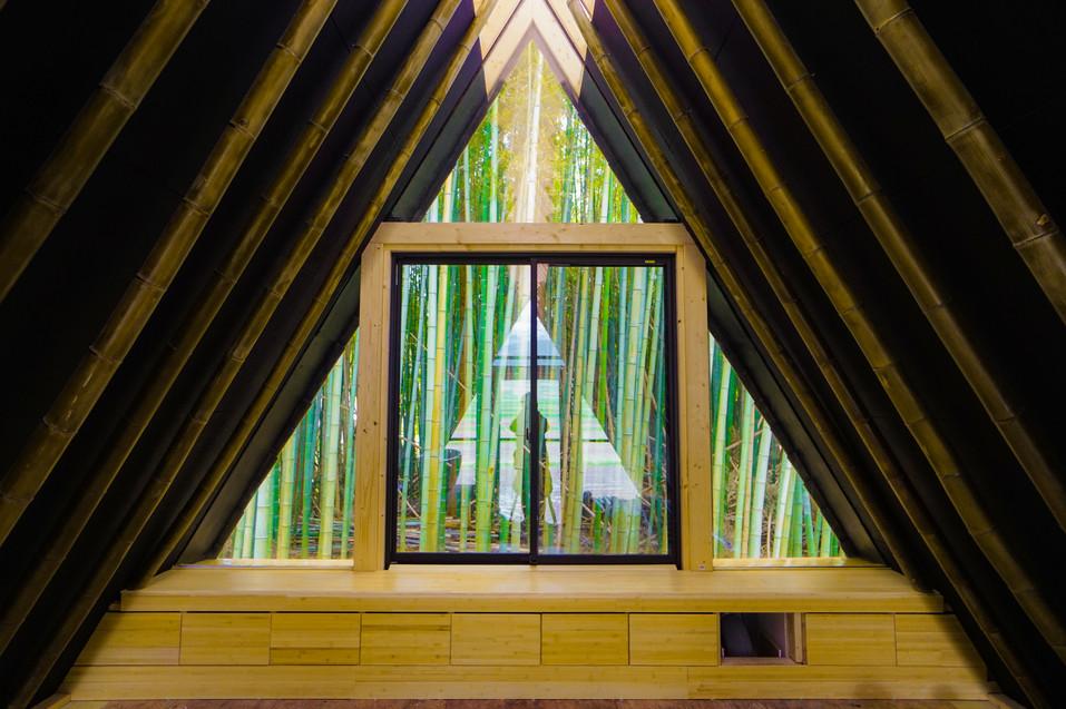 竹林側の寝室