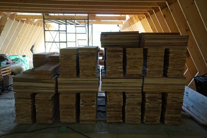 シダーシェイクの屋根材材料