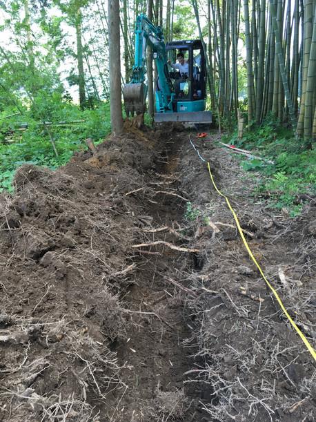 給排水管用の穴掘り