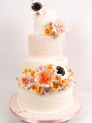 Vintage Floral Lace Wedding Cake