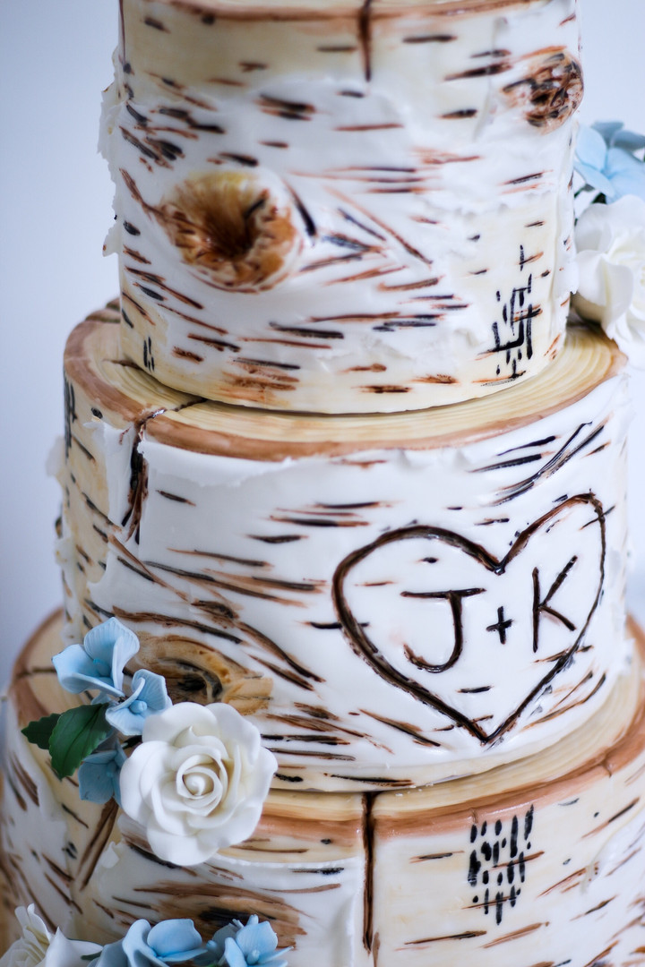 Realistic Birch Rustic Wedding Cake with