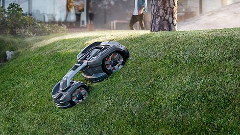 Husqvarna 450x robotic mower