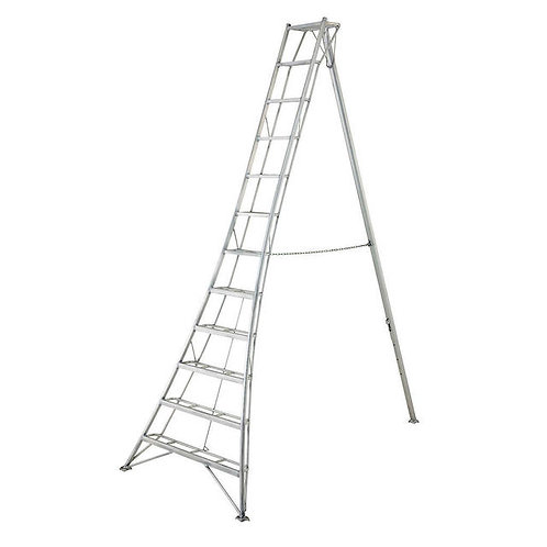 Hasegawa EN Pro 11ft Adjustable Tripod Ladder