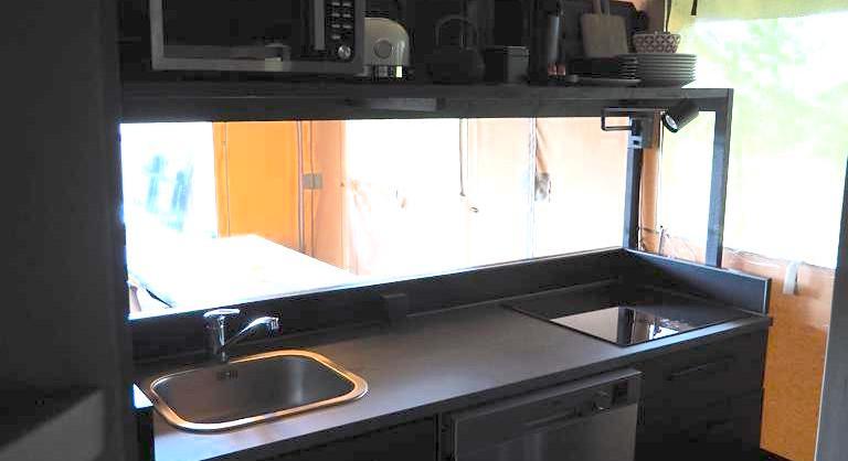 Glamping Lodge kitchen.jpg