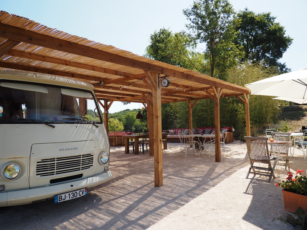 Bar J7 & terrasse