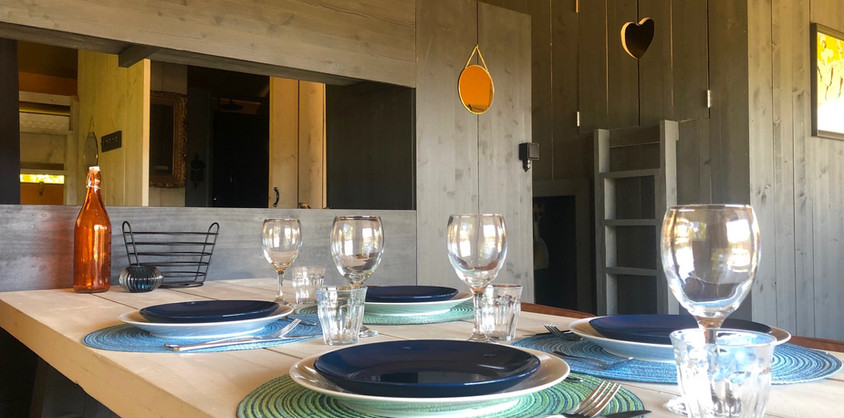 Dining Glamping Lodge