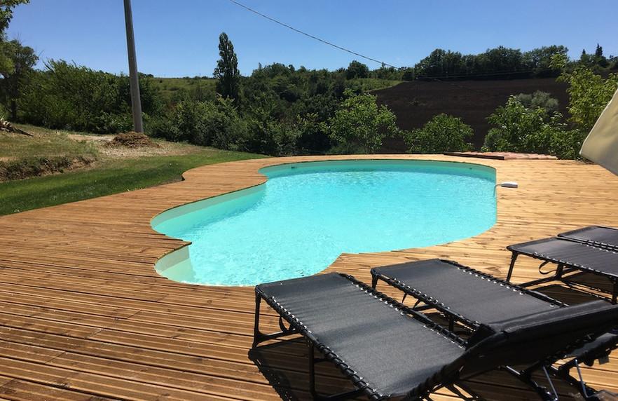 zwembad terras.jpg