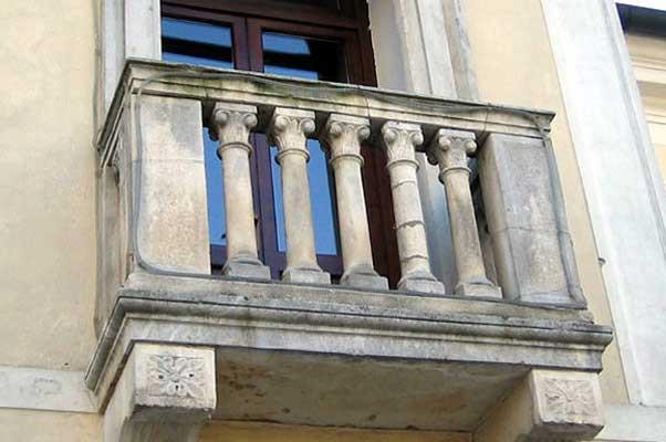 Reinigen balkon voor.jpg