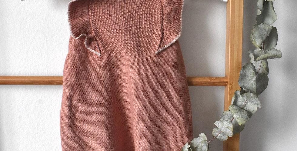 Ružové háčkované nohavice na traky