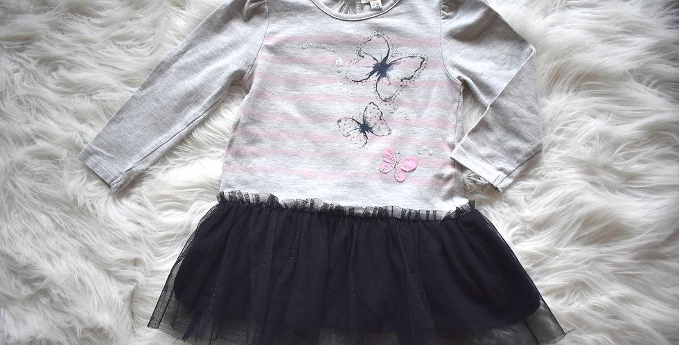 Šaty s motýlikmi a tylovou sukňou