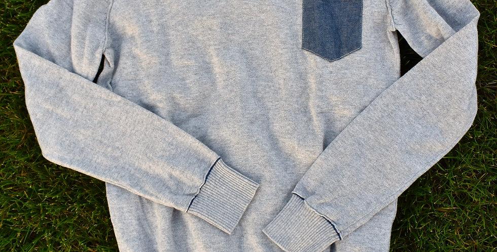 Slušivý sveter