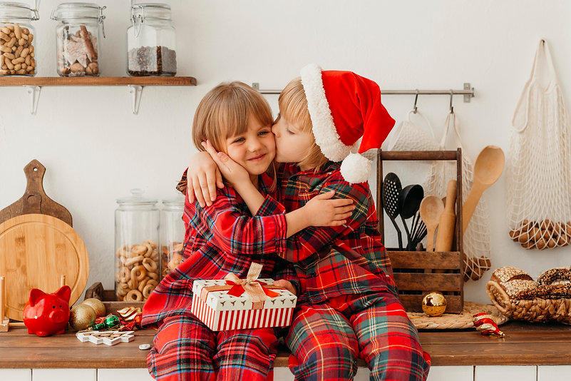 boy-kissing-on-the-cheek-his-sister.jpg