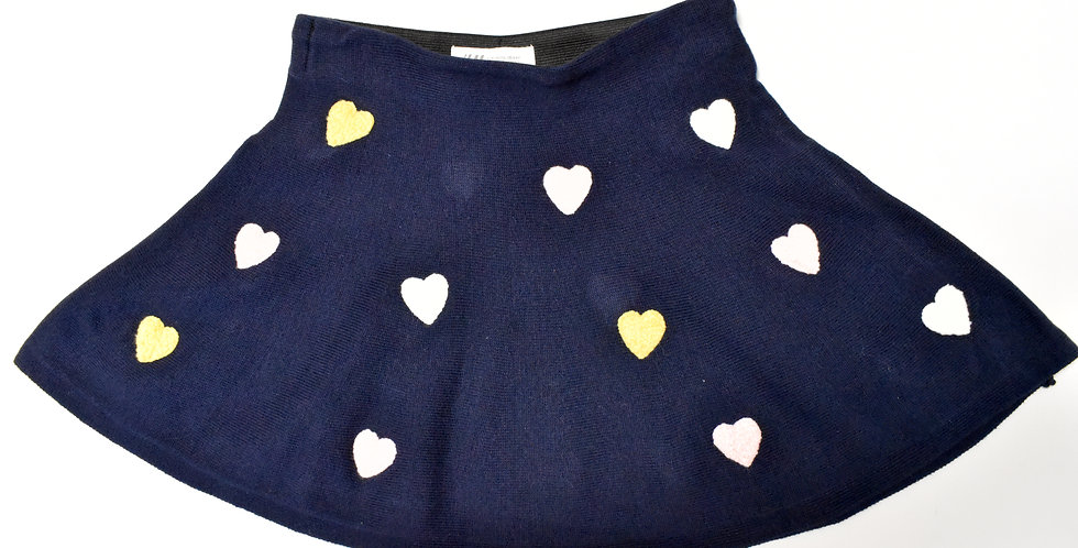 Pletená mini sukňa so srdiečkami