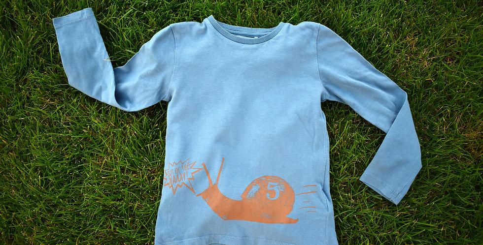 Tričko so závodiacim slimákom