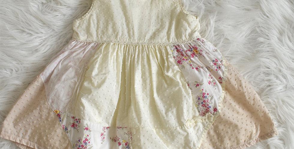 Šaty s patchwork motívom